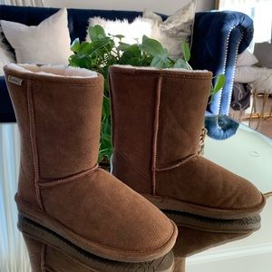 BEARPAW Woman's Emma Short Winter Boots